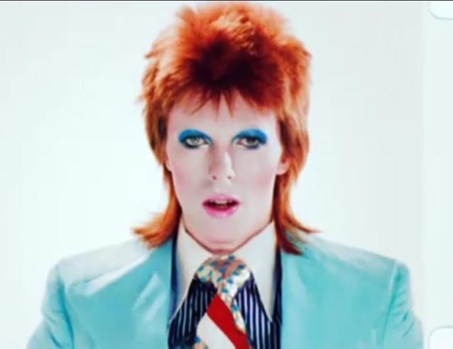 david-bowie-freddie-burretti-suit