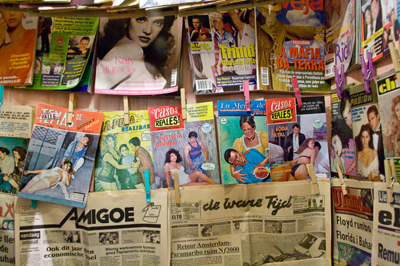tropenmuseum-vintage-mexican-magazines